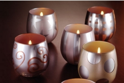 Holiday votive spray paint project