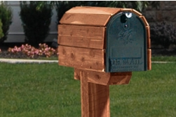 Wooden Mailbox spray paint project