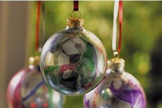 Mirrored Swirl Ornament