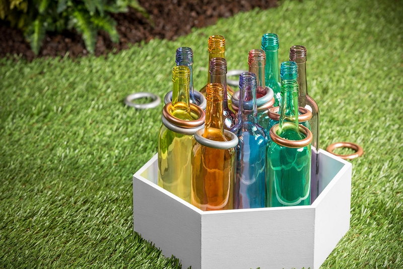 Ring toss furniture spray paint projects krylon for Type of spray paint for glass