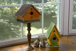 Bird house spray paint project
