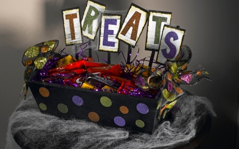 "Halloween ""Treats"" Box Project"