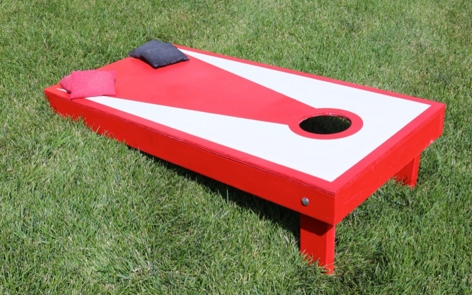 Cornhole Spray Paint Project