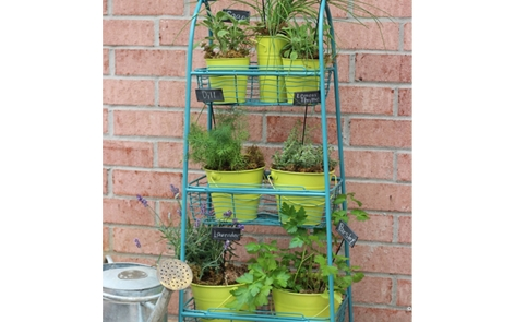 Herb Garden Plant Stand Spray Paint Project