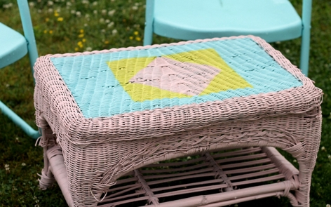 Wicker Table Spray Paint Project