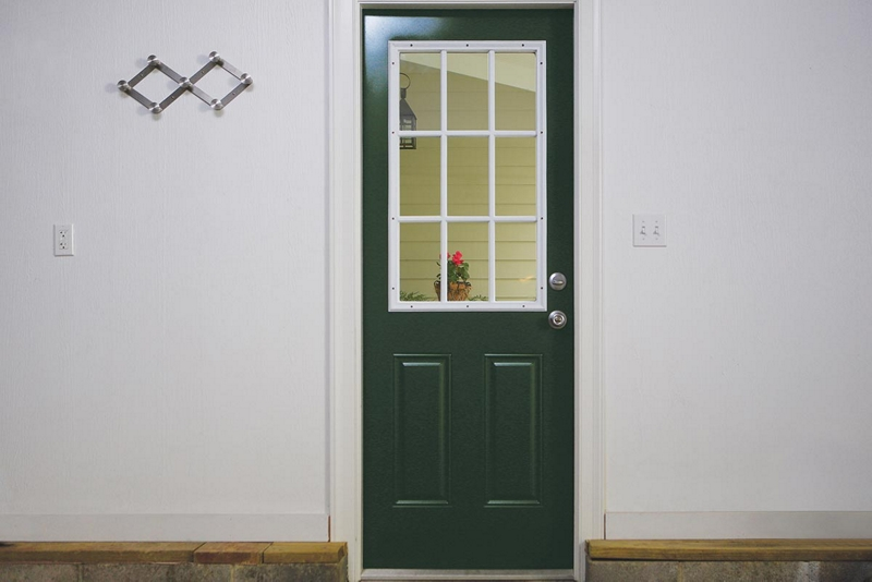 how to get spray paint off garage door